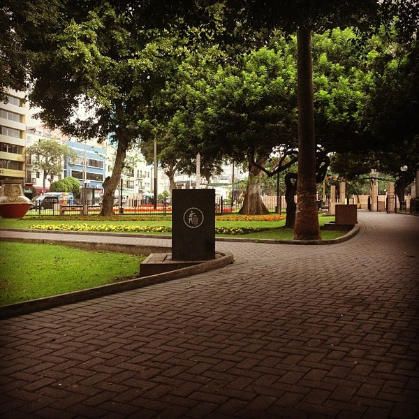 Photo taken at Parque Kennedy by Alexei T. on 12/31/2012