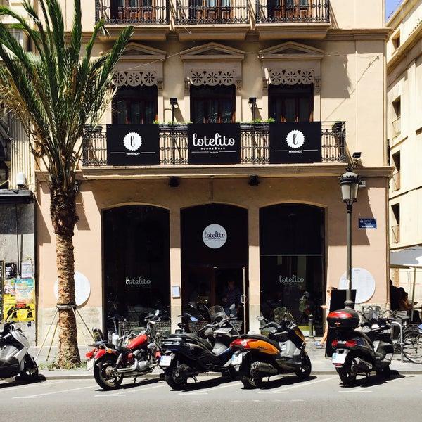 Foto tomada en Hotel Lotelito Valencia por Jeff N. el 6/2/2016