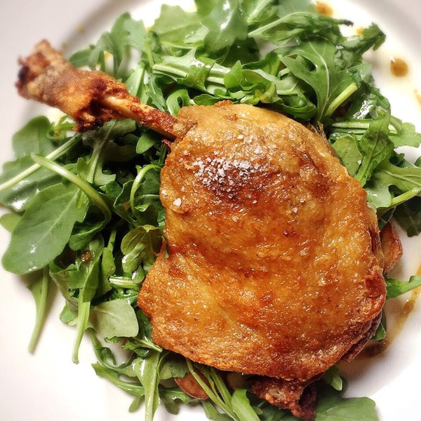 Duck confit was tender, melts off the bone and came on a bed of arugula and fingerling potato slices.