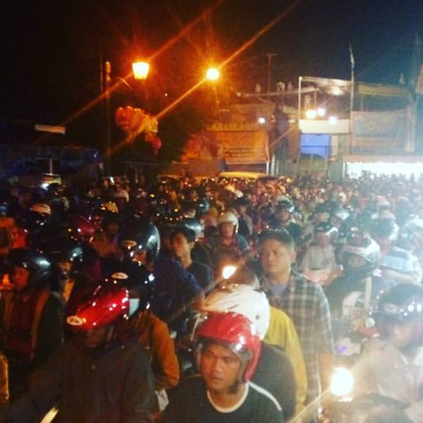 Photo taken at Alun - Alun Lor by Ade S. on 12/2/2016