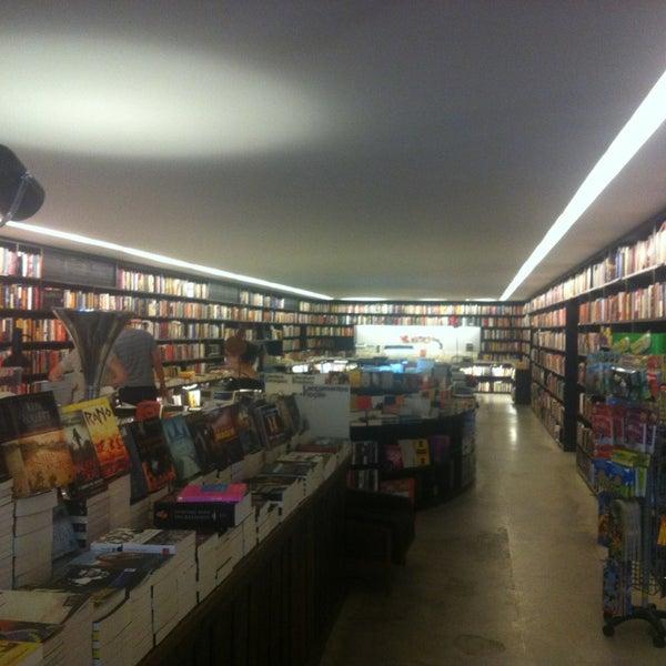 Photo taken at Livraria da Vila by Alexandre C. on 3/10/2013