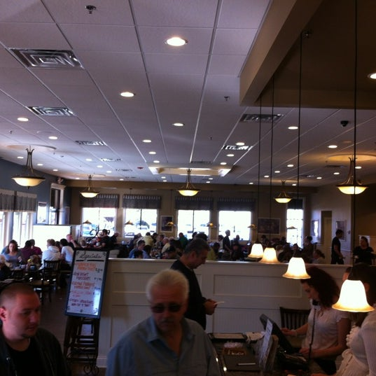 Photo taken at Southern Belle's Pancake House by La Tannya M. on 9/30/2012