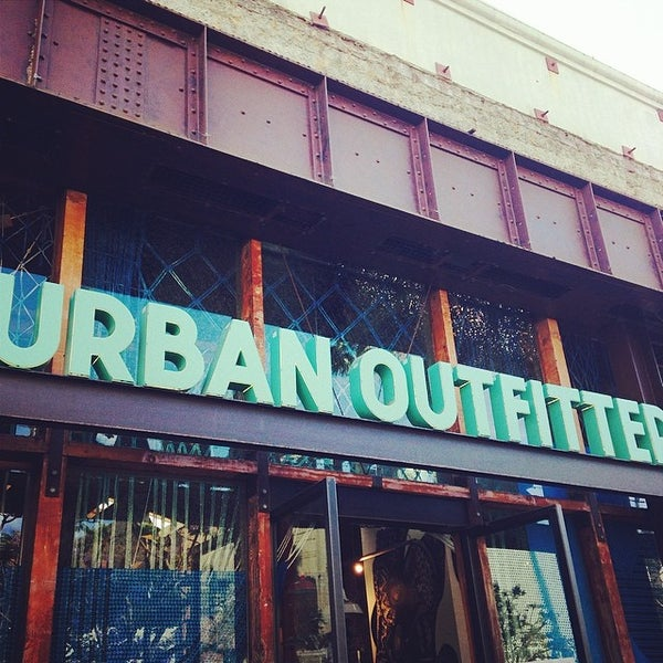 Photo taken at Urban Outfitters by Arika T. on 6/2/2014