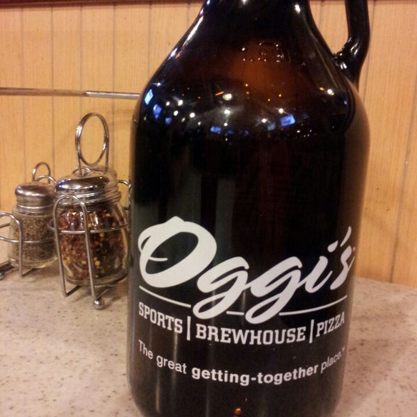 Photo taken at Oggis Pizza & Brewing Co. by Jennifer O. on 6/23/2013