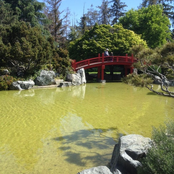 Photo taken at Japanese Friendship Garden by Aure S. on 4/23/2014