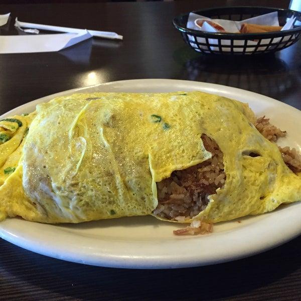 Photo taken at Aloha Kitchen by Brian P. on 3/21/2015