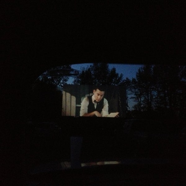 Photo taken at Holiday Drive In Theater by Jonathan S. on 5/12/2013
