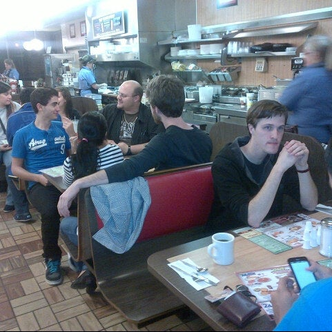 Photo taken at Waffle House by David T. on 10/10/2012