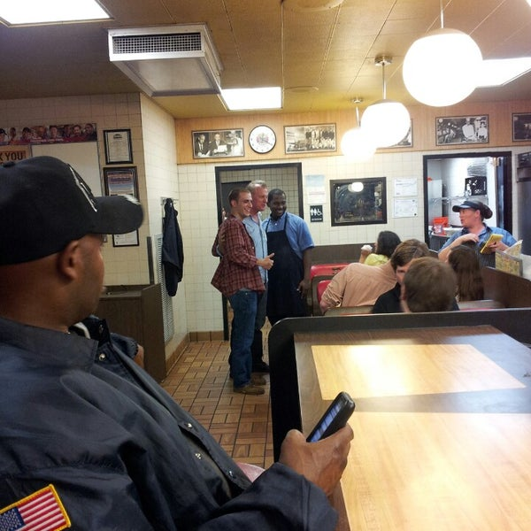 Photo taken at Waffle House by Christian F. on 5/12/2013