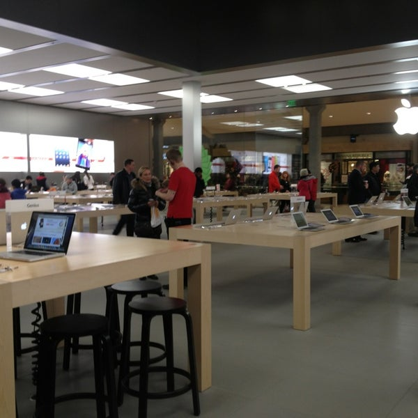 Photo taken at Apple Store, Bellevue Square by Wesley K. on 12/19/2012