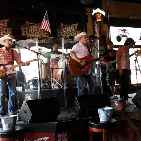 Photo taken at Honky Tonk Central by Lam T. on 7/20/2013