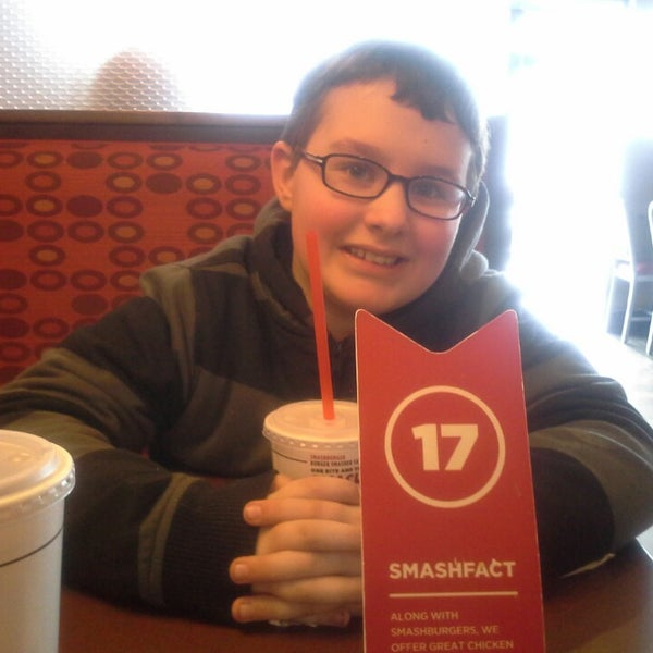 Photo taken at Smashburger by Sherry L. on 3/1/2014