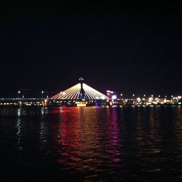 Photo taken at Han River Bridge by Quynh Chi V. on 9/25/2014
