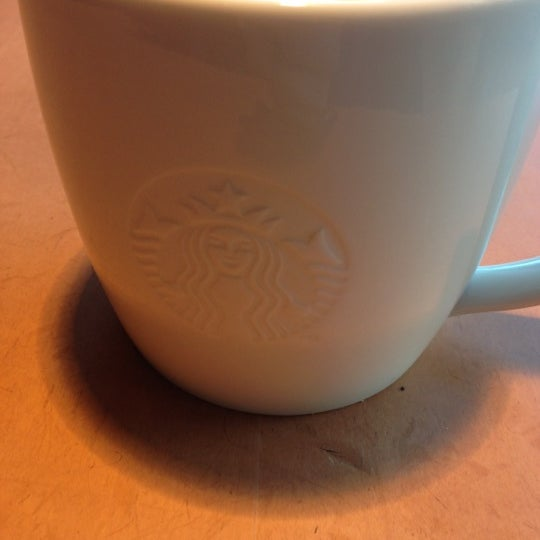 Photo taken at Starbucks by André J. S. on 10/8/2012