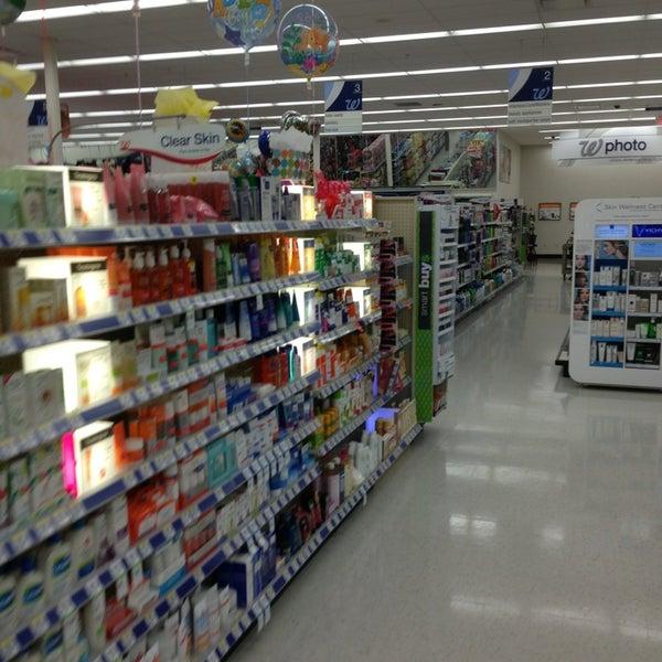 Photo taken at Walgreens by Luiz B. on 6/12/2013