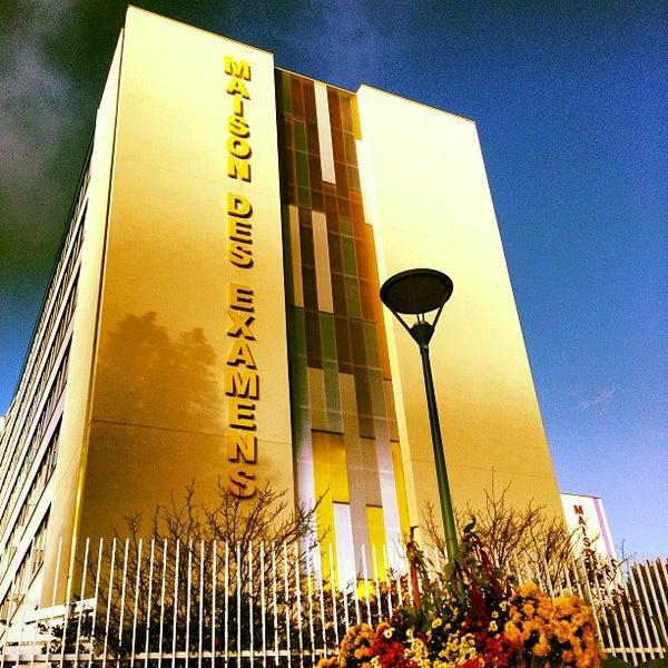 Maison des examens college academic building in laplace for Arcueil maison des examens