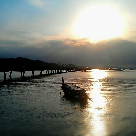 Photo taken at Ao Por Pier by Akenat A. on 12/24/2012