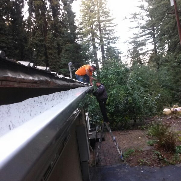 Photo taken at Santa Cruz Mountains by Aizen H. on 2/11/2014