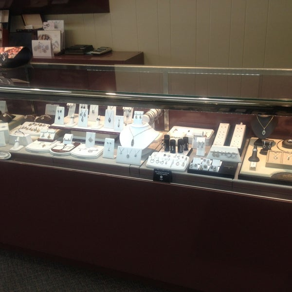 Crews fine jewelry grandview mo for Jewelry jobs las vegas