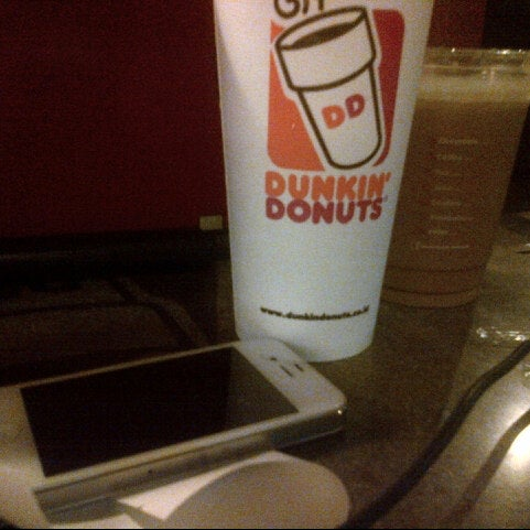 Photo taken at Dunkin' Donuts by Riyan H. on 7/11/2014