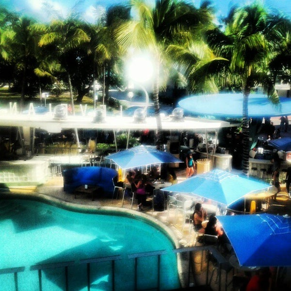 Photo taken at Clevelander by Yesenia G. on 11/18/2012