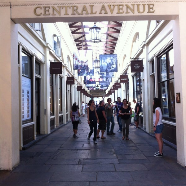 Photo taken at Covent Garden Market by Suwit C. on 7/21/2013