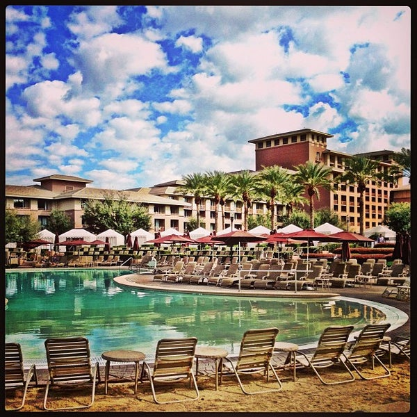 Photo taken at The Westin Kierland Resort & Spa by Michelle P. on 2/6/2013