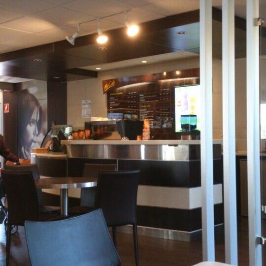 Photo taken at McDonald's by GAP V. on 3/31/2013