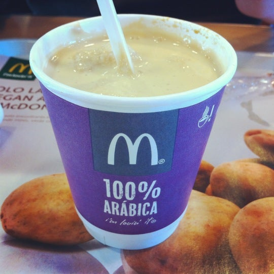 Photo taken at McDonald's by L. D. on 3/12/2012