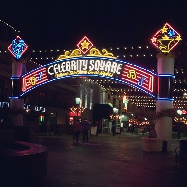 Celebrity Square: Myrtle Beach Nightlife Review - 10Best ...