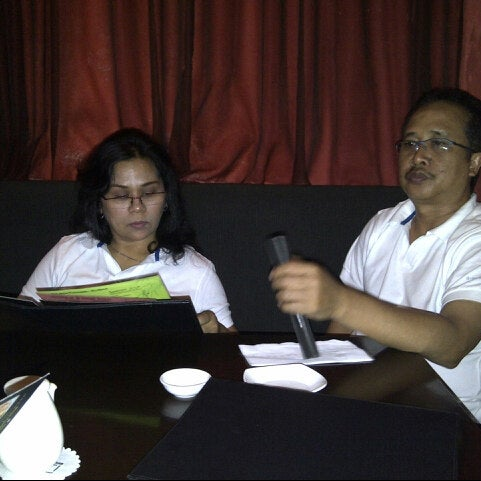 Photo taken at Nori The Japanese Kitchen Lounge by phe p. on 9/30/2012
