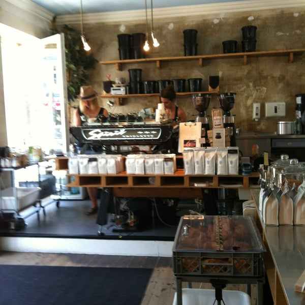 Photo taken at Bonanza Coffee Heroes by Svetlana on 6/19/2013
