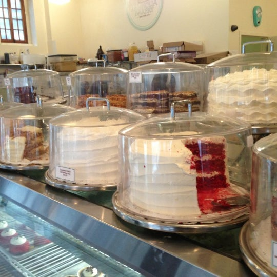 Photo taken at Magnolia Bakery by Nick L. on 12/8/2012
