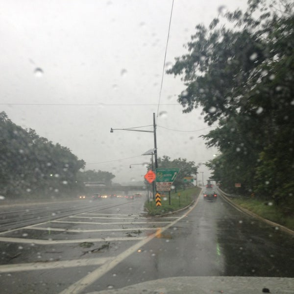 Photo taken at Garden State Parkway -- Saddlebrook by Z on 6/10/2013