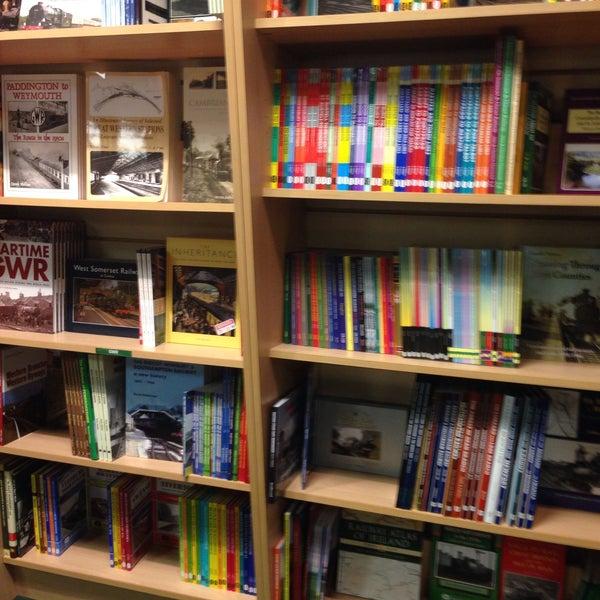 Allan Shope: Ian Allan Transport Book And Model Shop
