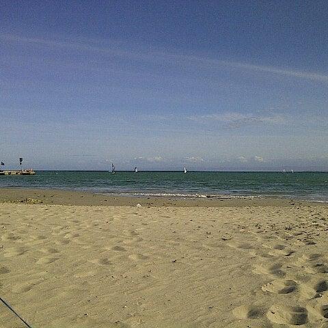 Photo taken at Playa El Yaque by Fabrizio M. on 1/31/2013