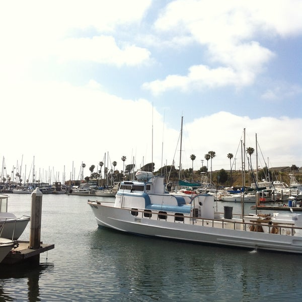 Photo taken at Harbor Fish and Chips by Anne Q. on 5/15/2013