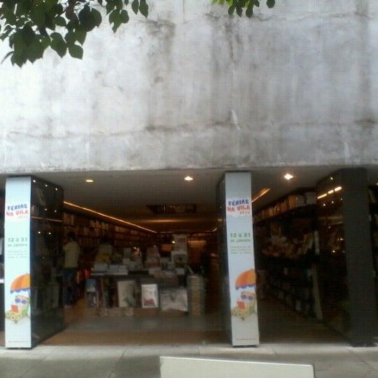 Photo taken at Livraria da Vila by Marcinhò Z. on 1/21/2013