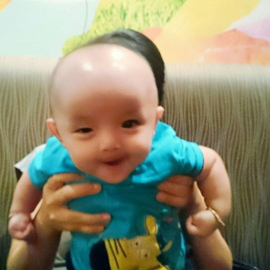 Photo taken at Highland Coffee @ BIG C by Hoàng N. on 7/22/2014