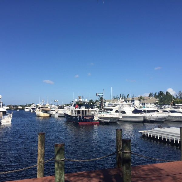 Photo taken at Marina Bay Marine Resort by Ian T. on 1/8/2017