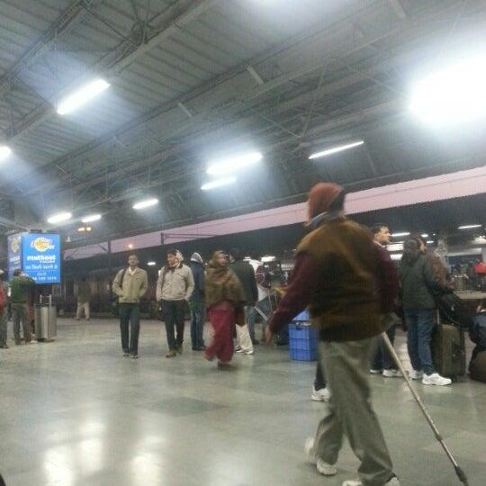 Photo taken at New Delhi Railway Station (NDLS) by Arjun S. on 12/21/2012