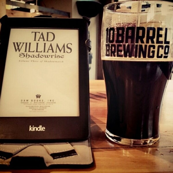 Photo taken at 10 Barrel Brewing by Shane J. on 6/11/2014