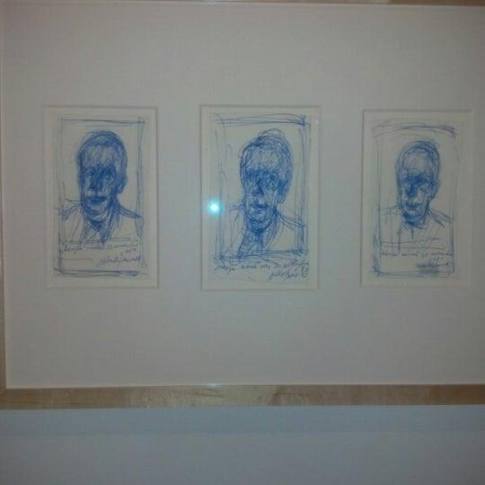 Photo taken at Bechtler Museum of Modern Art by Audrey T. on 11/9/2012