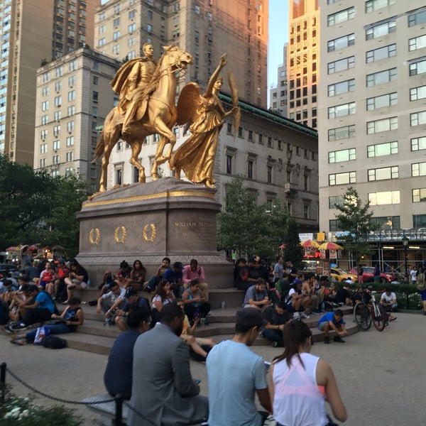 Photo taken at Grand Army Plaza by Mitchell L. on 8/6/2016
