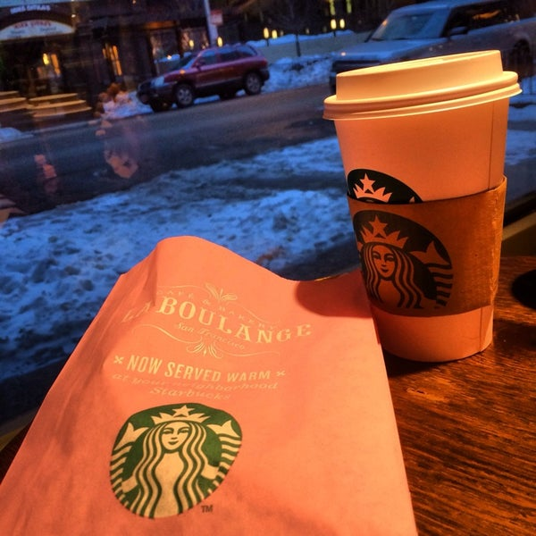 Photo taken at Starbucks by AHMAD ALHAMAD on 2/16/2014
