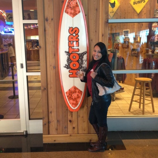 Hooters Wings Joint