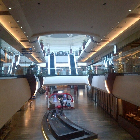 Photo taken at Pondok Indah Mall 2 by Amru H. on 2/27/2014