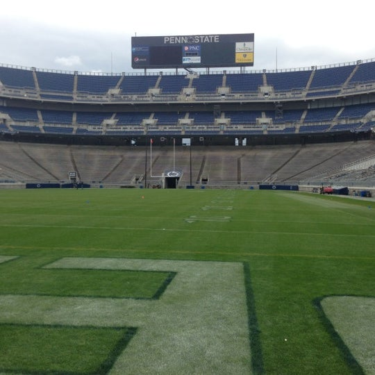 Photo taken at Beaver Stadium by John K. on 10/10/2012