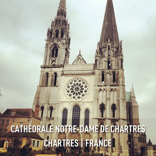 Photo taken at Cathédrale Notre-Dame de Chartres by Emmanuelle V. on 2/13/2013