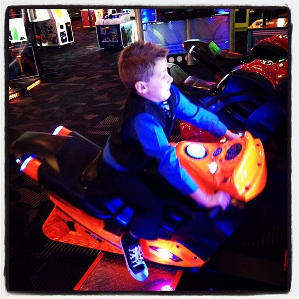 Photo taken at Dave & Buster's by Nicholas K. on 10/13/2013